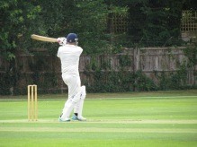 Sid dispatches one to the boundary