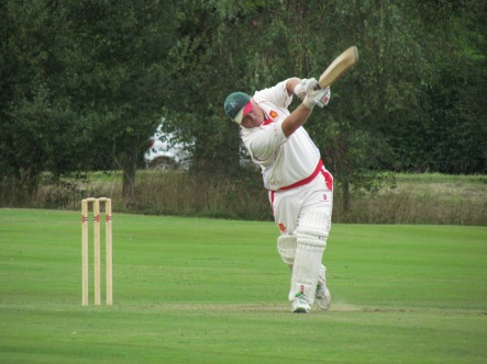 Deano drives on his way to an unbeaten hundred