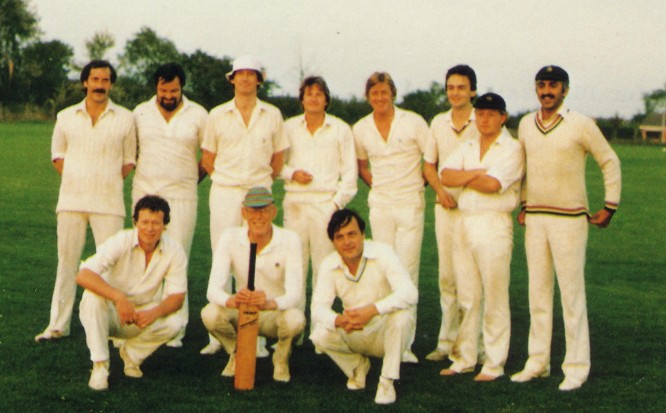 Neil Brown, Chris Miller, Anthony Rickard, Laurence Simpson, Mark Pybus, Simon Carpenter, Mike Parry-Jones, Sunil Amar. Front: Mark Stockton, Bill Rodwell, Clive Butler