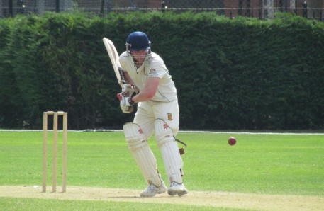 Tim Keleher on his way to 152*