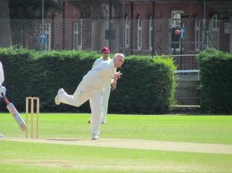 Sunil grabs 2/11 in 6 overs