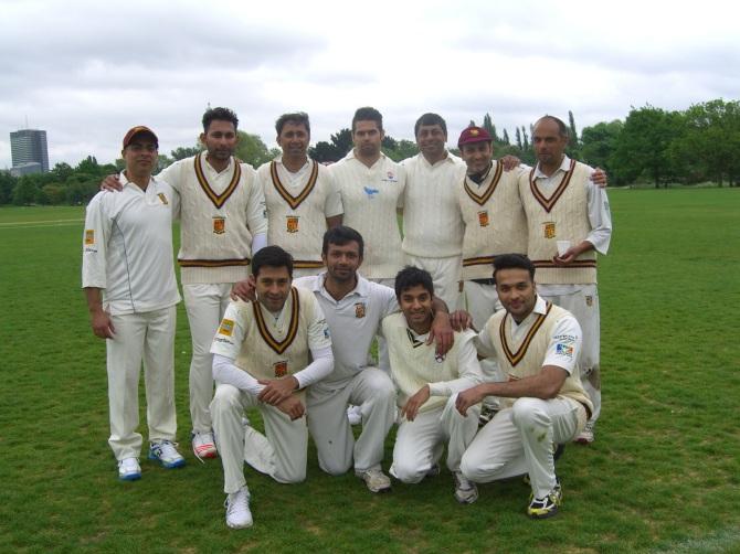 THE KCC COBRAS Back: Bhanu, Eddy, Deepak (capt), Adam, Amit, Shahzeb, David. Front: Nitin, Bharat, Varun, Seethal