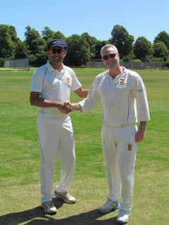 Deepak and Jamie at the toss - won by KCC India