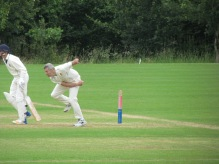Ian Elliott gathers pace
