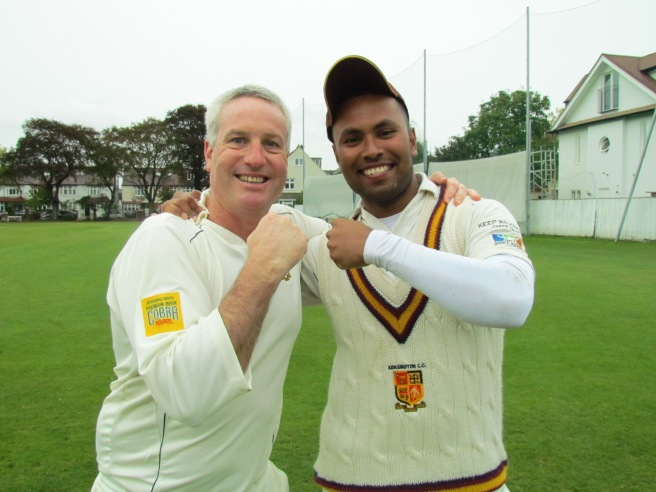 Vet skipper Jamie spars with Youths skipper Saikat