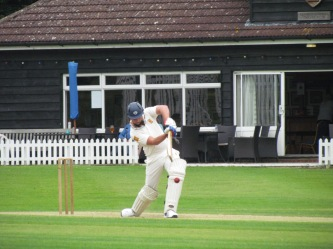 Keleher concentrates as wickets fall around him